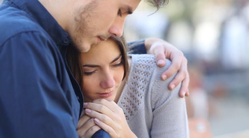 żałoba po poronieniu